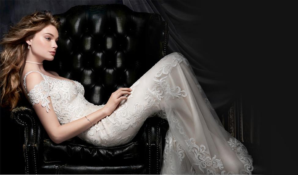 Fontos tudnivalók, melyek segítségére lesznek a menyasszonyi ruhájával kapcsolatos döntésében!