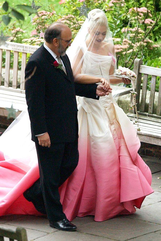 Gwen Stefani menyasszonyi ruhaja