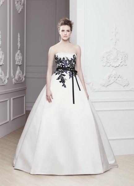 menyasszonyi ruha, esküvői ruha