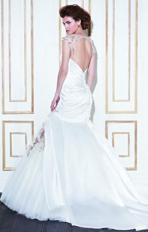 Blue by Enzoani | menyasszonyi ruha | esküvői ruha