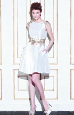 14_Im_ProBlu_Gage_Fro_Pri esküvői ruha