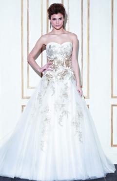 14_Im_ProBlu_Galela_Fro_Pri esküvői ruha