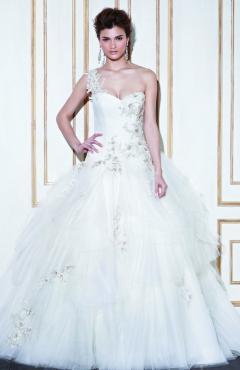 14_Im_ProBlu_Greece_Fro_Pri menyasszonyi ruha