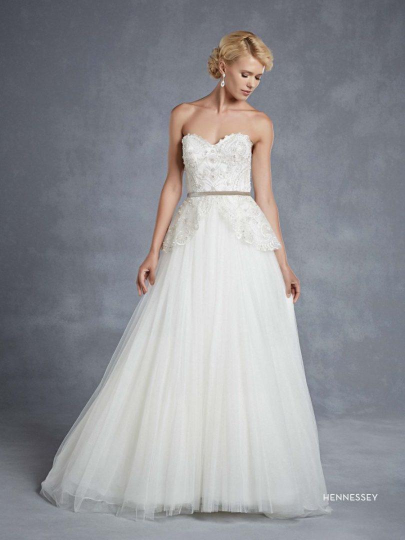 Blue by Enzoani esküvői ruha | Hennessey A-vonalú menyasszonyi ruha