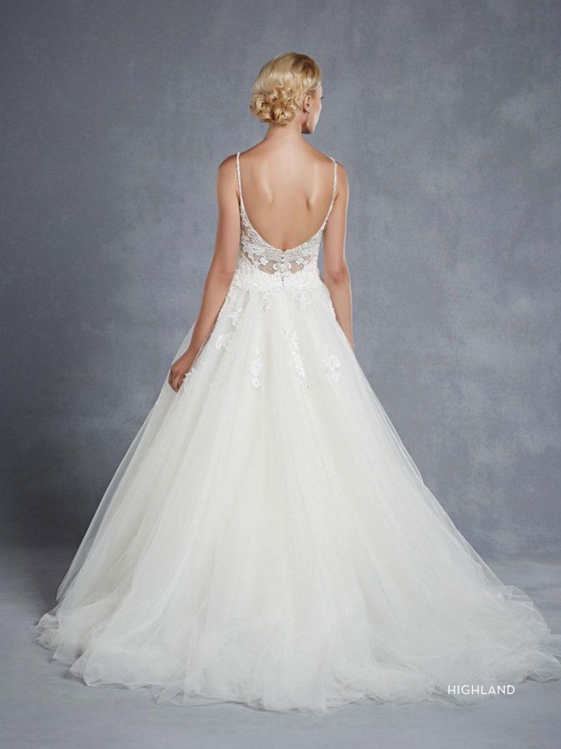 Blue by Enzoani esküvői ruha | Highland menyasszonyi ruha