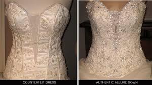 esküvői ruha fűző
