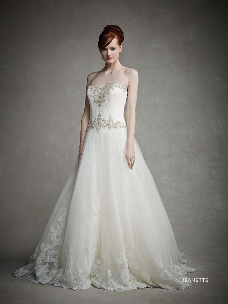 hercegnő esküvői ruha