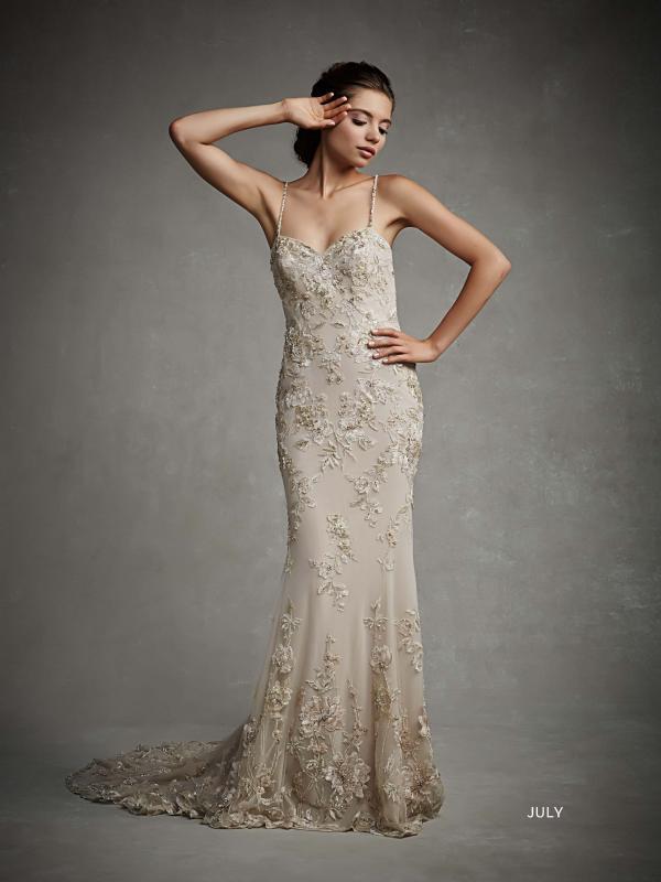 July by Enzoani menyasszonyi ruha