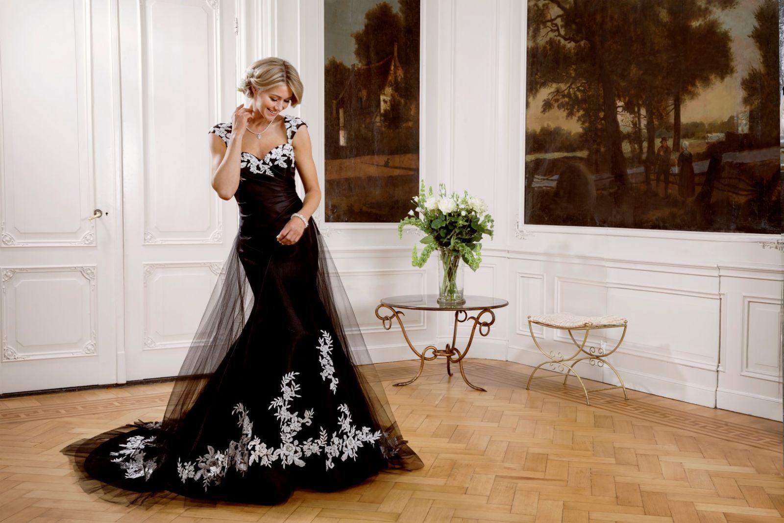 Rimone Menyasszonyi Ruha | Modeca Esküvői Ruha Kollekció