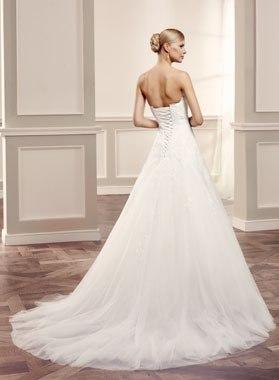 Modeca Reedley menyasszonyi ruha, alma alkatra megfelelő esküvői ruha