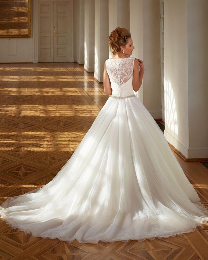 hercegnő fazonú menyasszonyi ruha