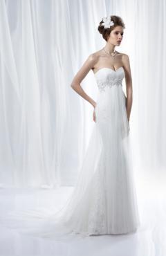 Benjamin_2260_f esküvői ruha