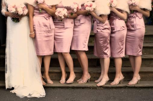 koszorús lányok, egyforma koszorúslány ruha
