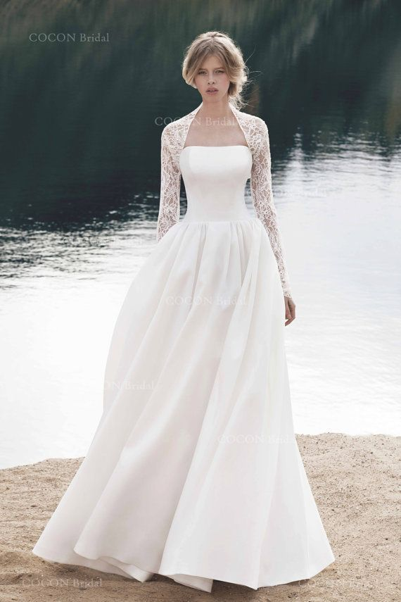 csipke bolero feher menyasszonyi ruha fole