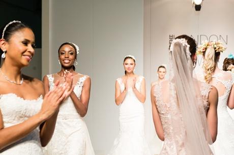 menyasszonyi ruhak a London Bridal Show-n