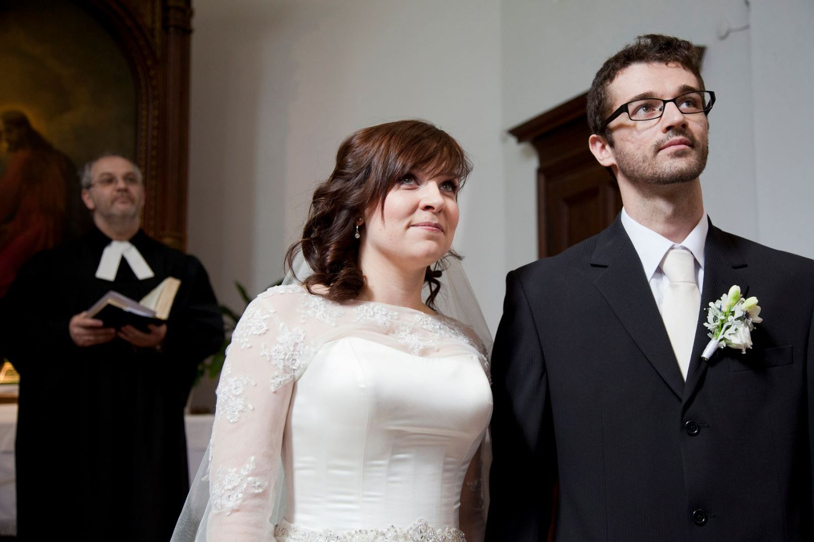 pant nelkuli menyasszonyi ruha tull kabattal