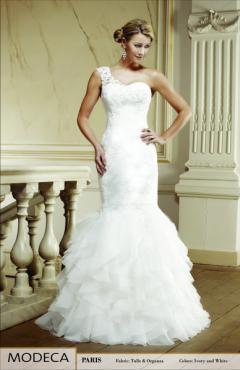 Paris-1 menyasszonyi ruha