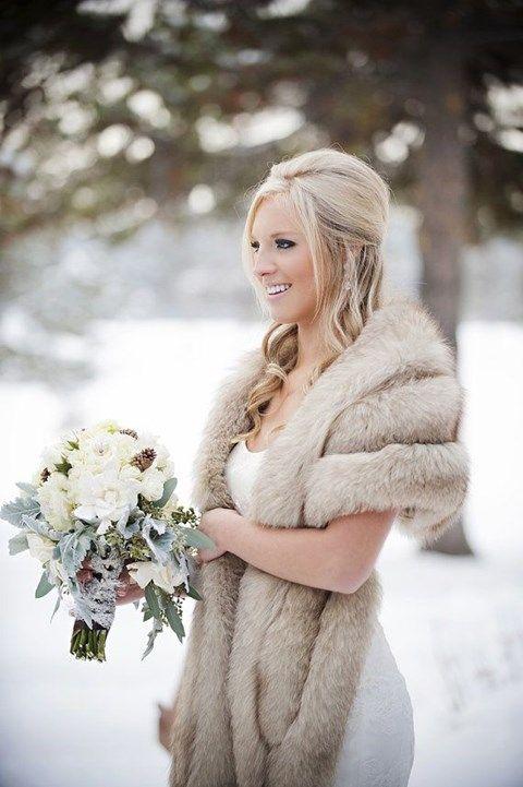 szorme kabat a menyasszonyi ruha fole