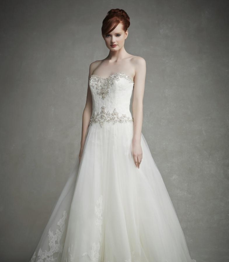 Enzoani Jeanette esküvői ruha.