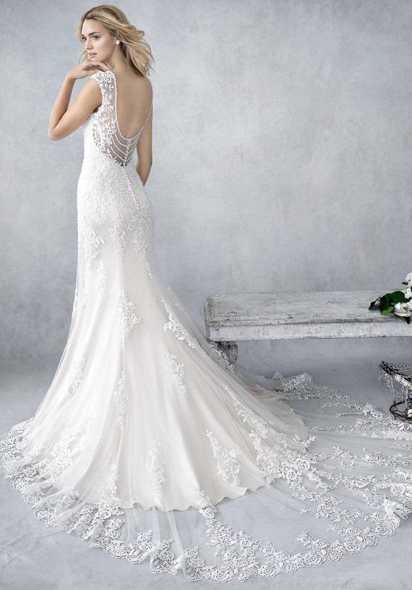 Vintage stílusú, nyári esküvői ruha az Ella Rosa kollekcióból.