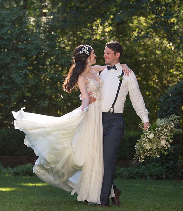 Vintage stílusú nyári esküvő, vintage menyasszonyi ruha és vintage esküvői öltöny!