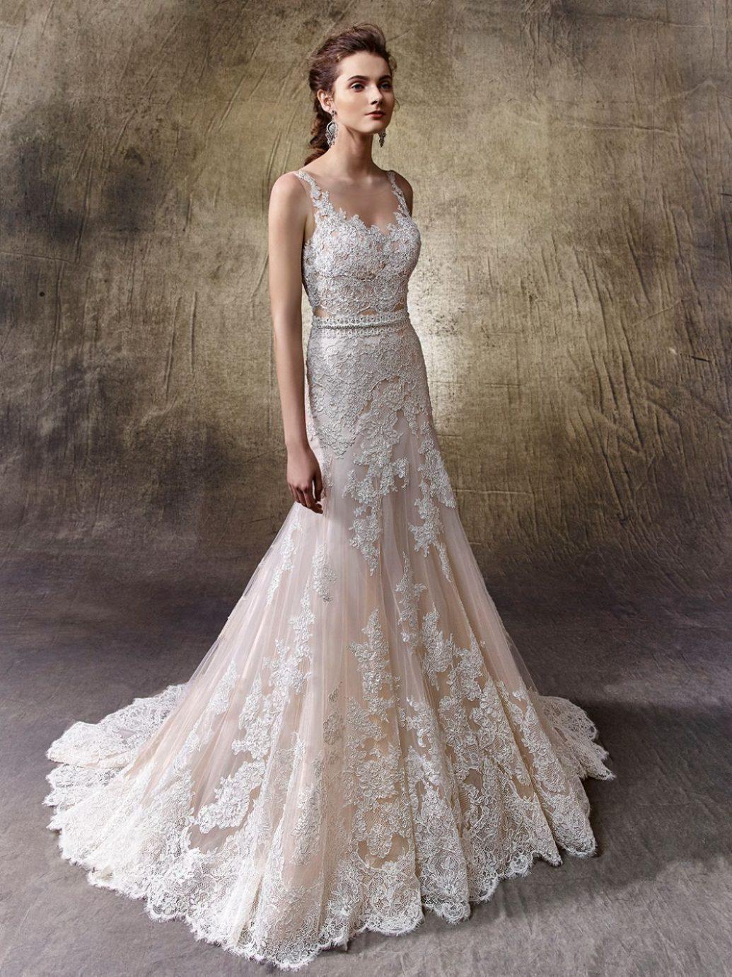 Elegancia és nőiesség, az Enzoani kollekcióból a kedvenc 2018-ban ez a Lotus esküvői ruha.