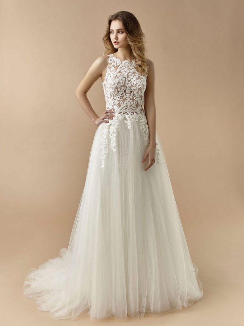 Letisztult, kis A-vonalú esküvői ruha a Beautiful esküvői ruha kollekcióból.